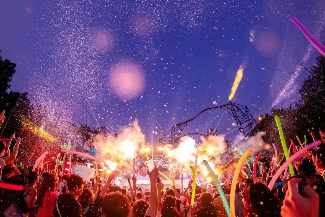 【广州长隆欢乐世界】万圣节派对来袭!99元起单人票